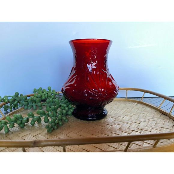 Vintage Red Rainflower Anchor Hocking Vase